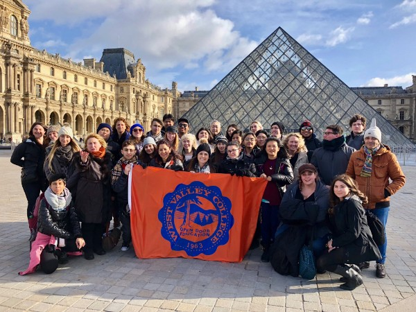 West Valley College students in front of the Louvre